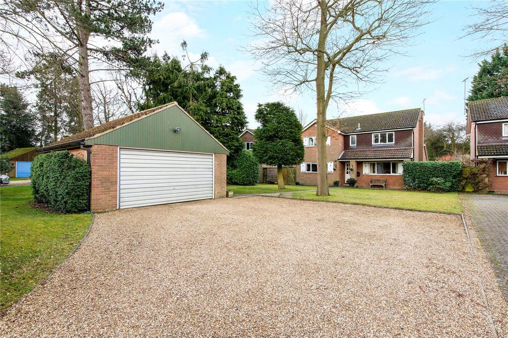 4 Bedrooms Detached House for sale in Beech Way, Wheathampstead, St. Albans, Hertfordshire, AL4