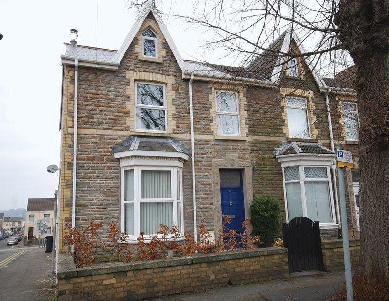 3 Bedrooms End Of Terrace House for sale in 29 Rugby Avenue, Neath, SA11 1YT