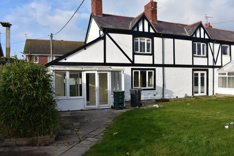 2 Bedrooms Semi Detached House for rent in Old Farm House, Kinmel Bay