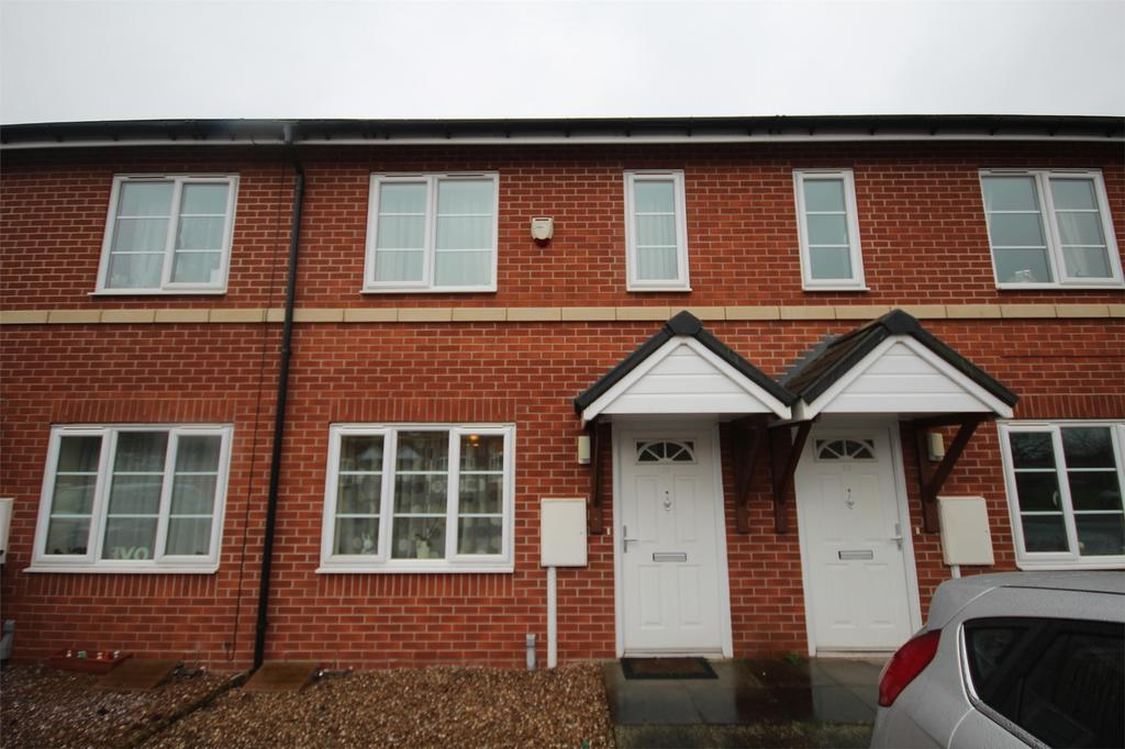 2 Bedrooms Terraced House for sale in Hamilton Avenue, Uttoxeter, Staffordshire