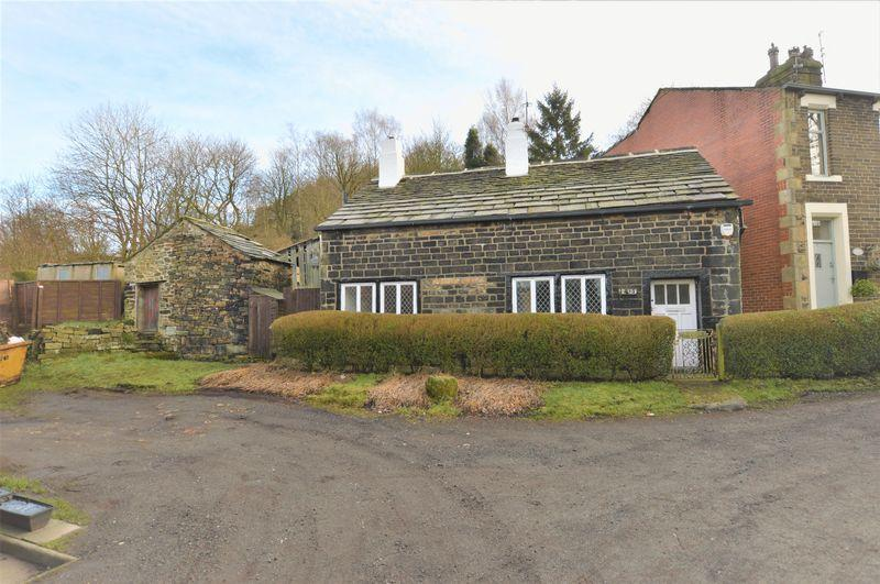 2 Bedrooms Cottage House for sale in Ealees, Littleborough