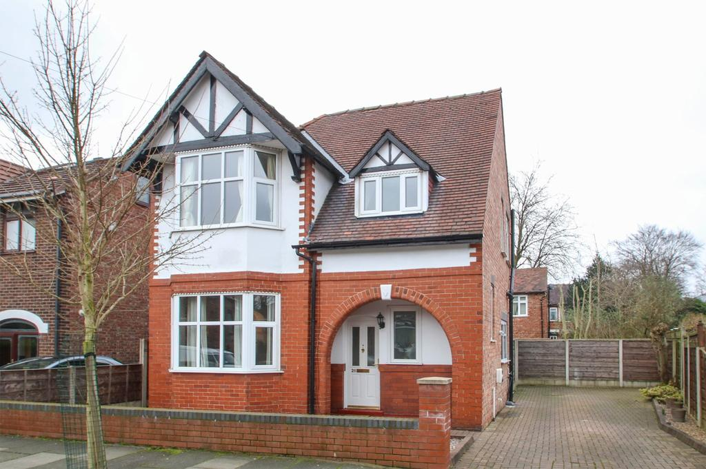 3 Bedrooms Detached House for sale in Greenfield Avenue, Urmston, Manchester, M41