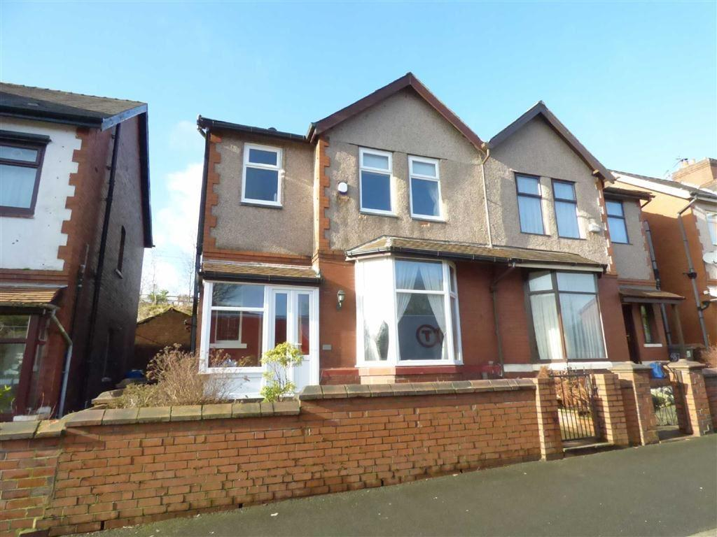 3 Bedrooms Semi Detached House for sale in Rochdale Road, Royton, Oldham, OL2