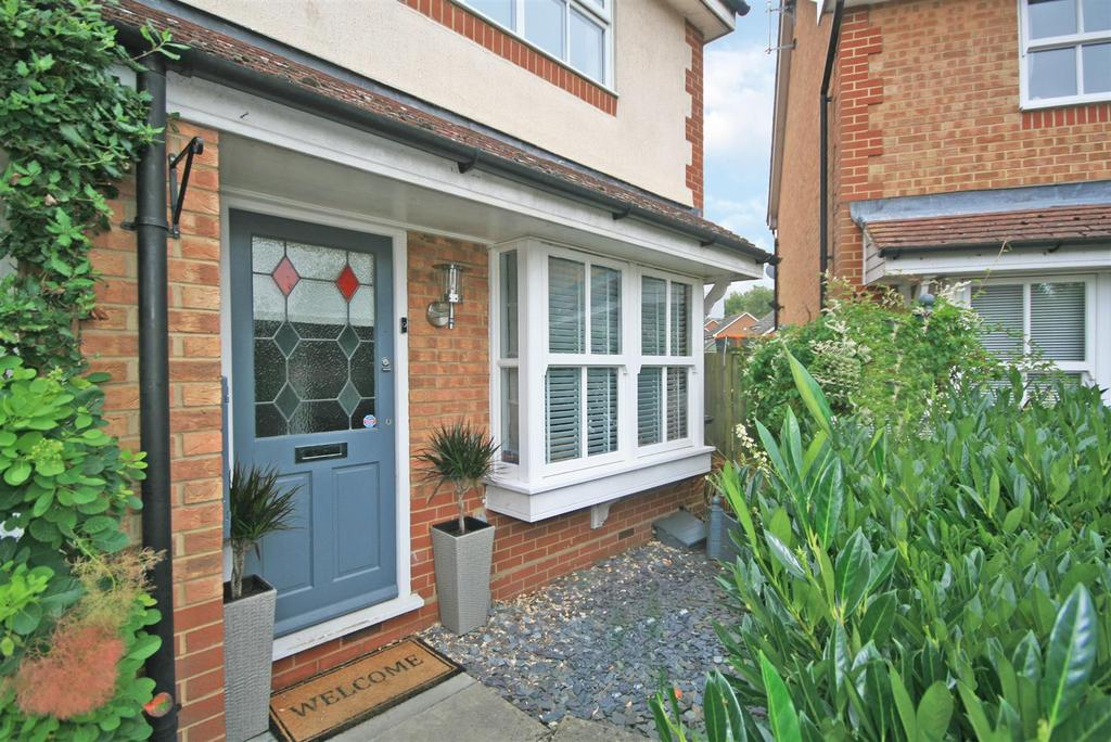 2 Bedrooms End Of Terrace House for sale in Rib Close, Standon