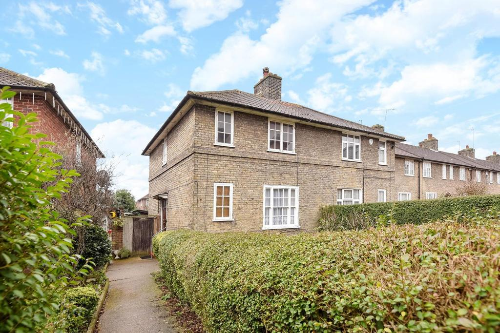 3 Bedrooms Semi Detached House for sale in Heathstan Road, Shepherds Bush, W12