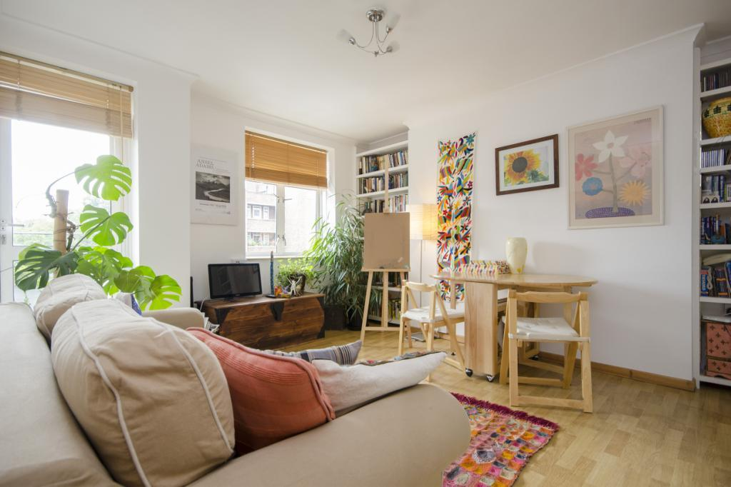 1 Bedroom Flat for sale in Webb Estate, Clapton Common, London, E5