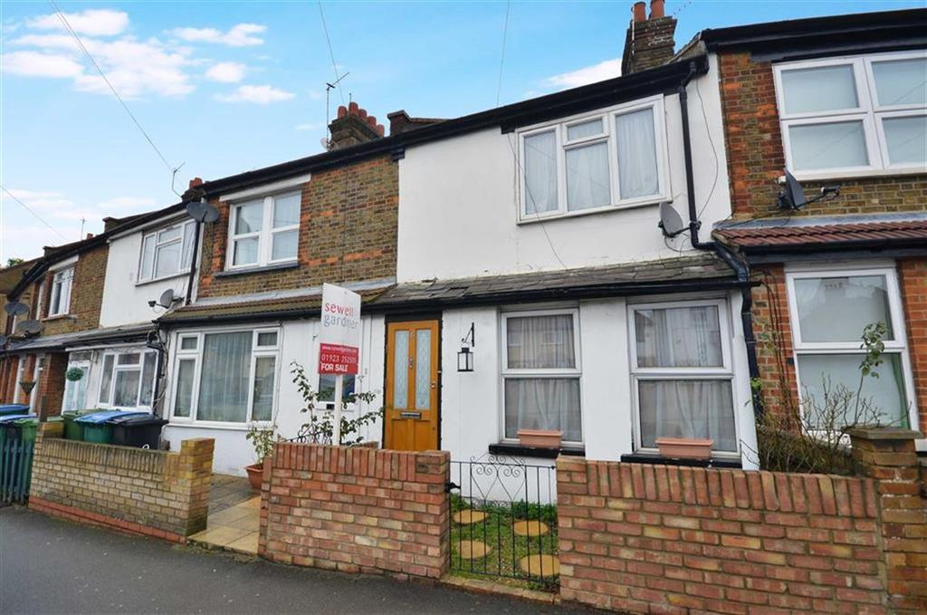 3 Bedrooms Terraced House for sale in Hagden Lane, Watford, Hertfordshire