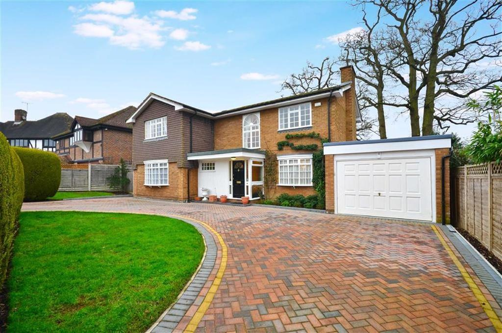 4 Bedrooms Detached House for sale in Little Hill, Chorleywood, Hertfordshire