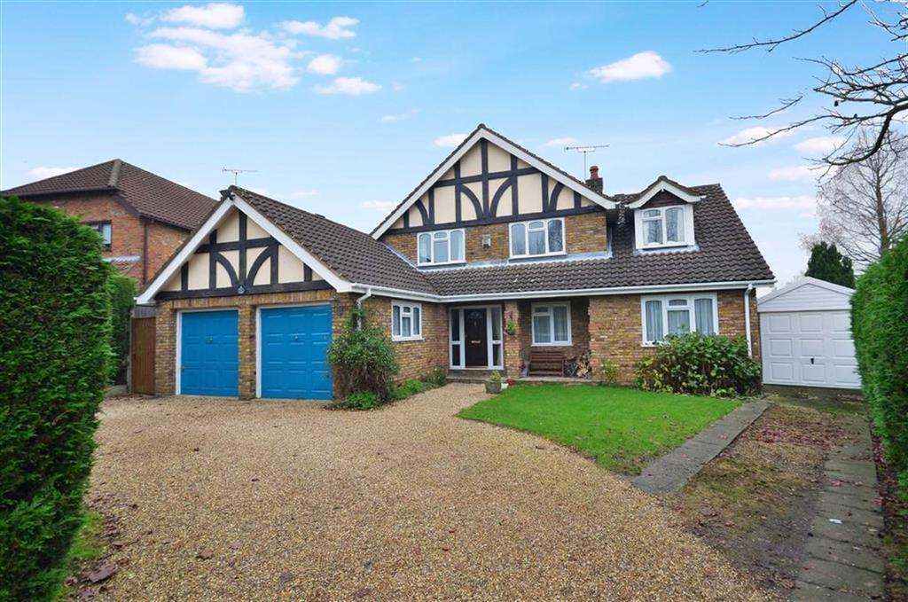 5 Bedrooms Detached House for sale in Little Hill, Chorleywood, Hertfordshire