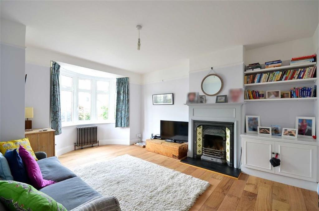 4 Bedrooms Terraced House for sale in Lower Road, Chorleywood, Hertfordshire