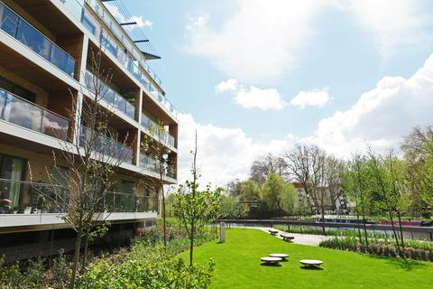 2 bedroom triplex to rent - Barley Court, Essex Wharf, Hackney E5