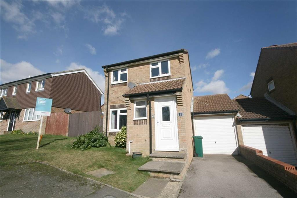 3 Bedrooms Detached House for sale in Shannon Close, Telscombe Cliffs, Peacehaven