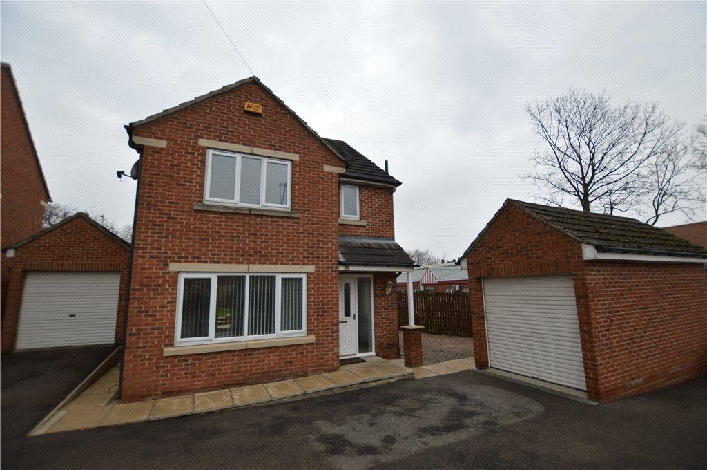 3 Bedrooms Detached House for sale in Leeds Road, Robin Hood, Wakefield, West Yorkshire