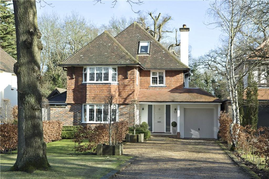 5 Bedrooms Detached House for sale in Ganghill, Guildford, Surrey, GU1