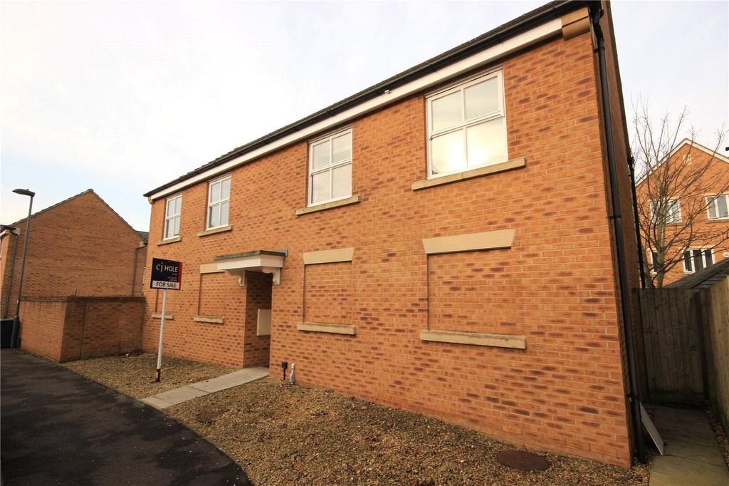 2 Bedrooms Apartment Flat for sale in Wren Close, Stapleton, Bristol, BS16