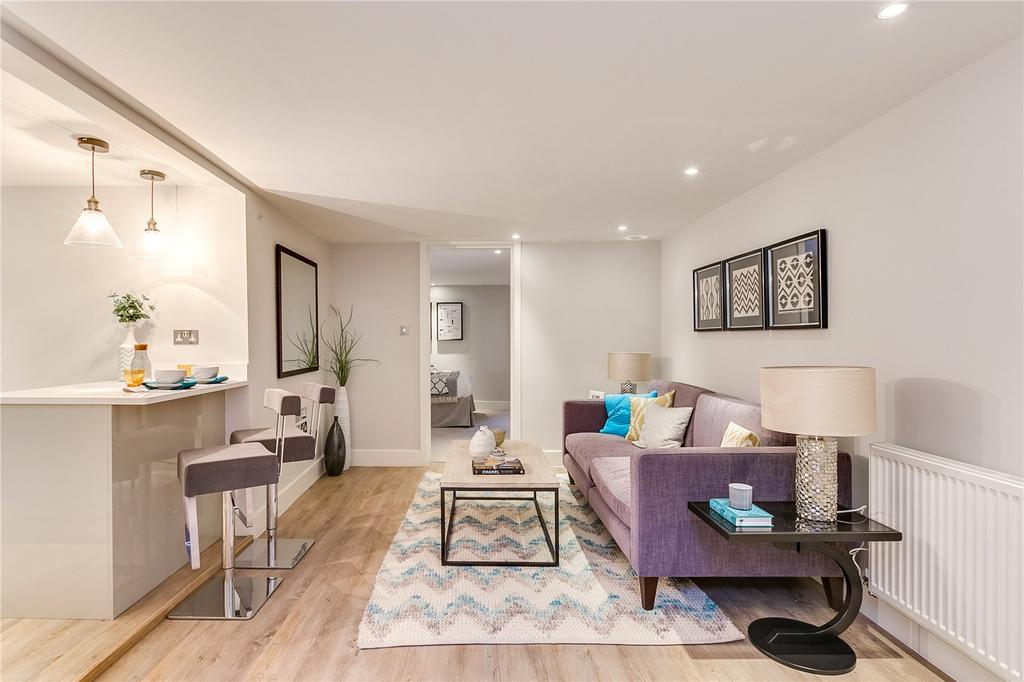 1 Bedroom Flat for sale in Whittingstall Road, Parsons Green
