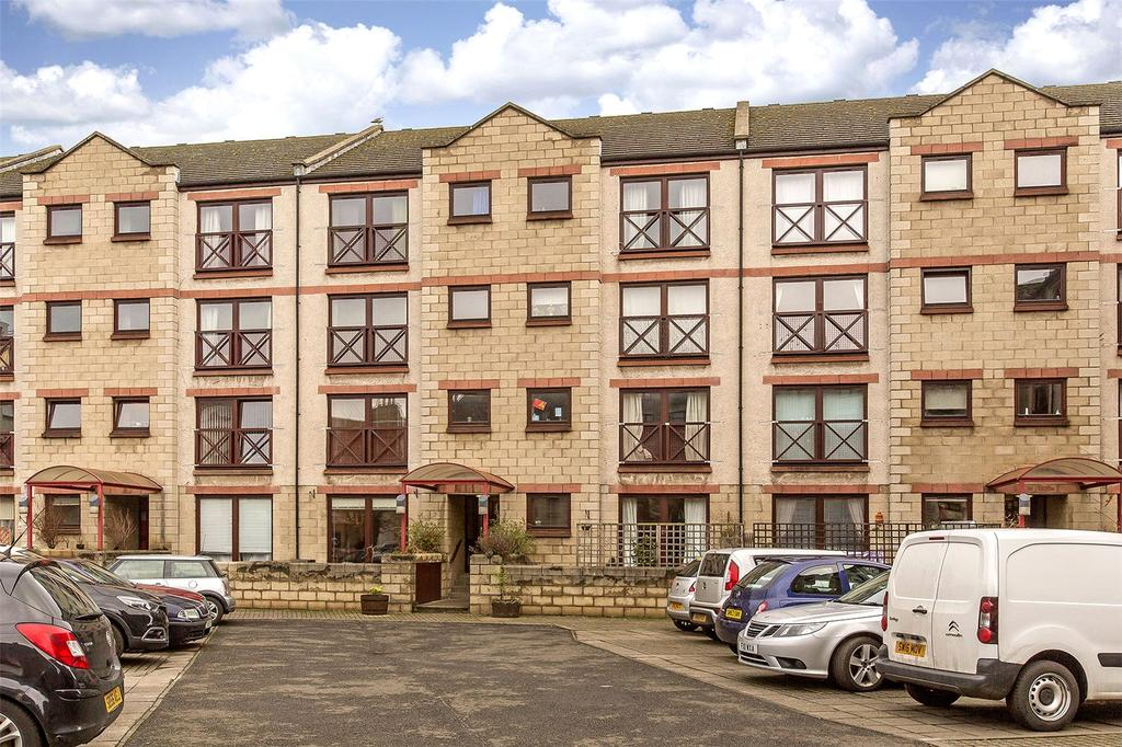 2 Bedrooms Flat for sale in 6/6 Timber Bush, Edinburgh, EH6
