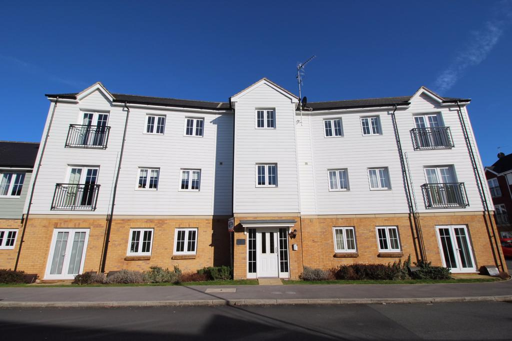 2 Bedrooms Apartment Flat for sale in Lynn Crescent, Titchfield Common
