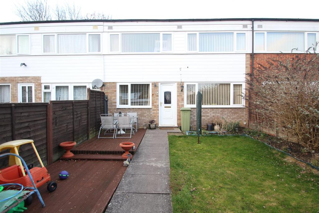 3 Bedrooms House for sale in North Ridge, Eaglestone, Milton Keynes