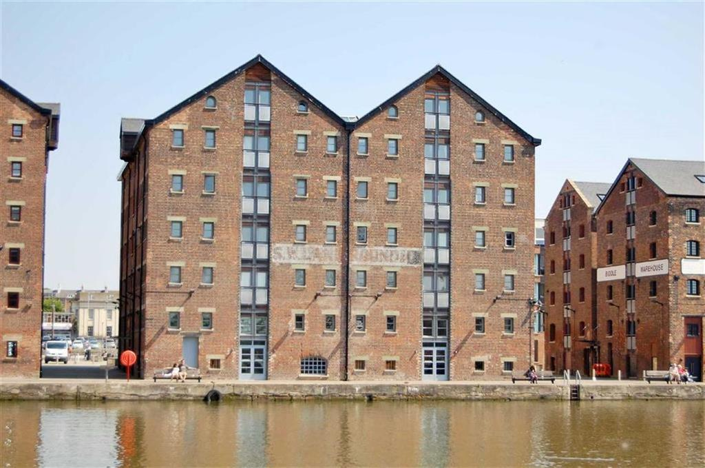 1 Bedroom Flat for sale in Double Reynolds, Gloucester Docks