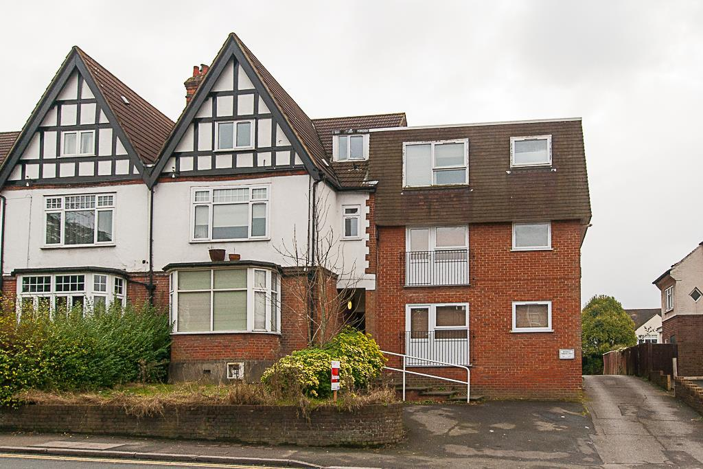 1 Bedroom Apartment Flat for sale in High Street, Brentwood