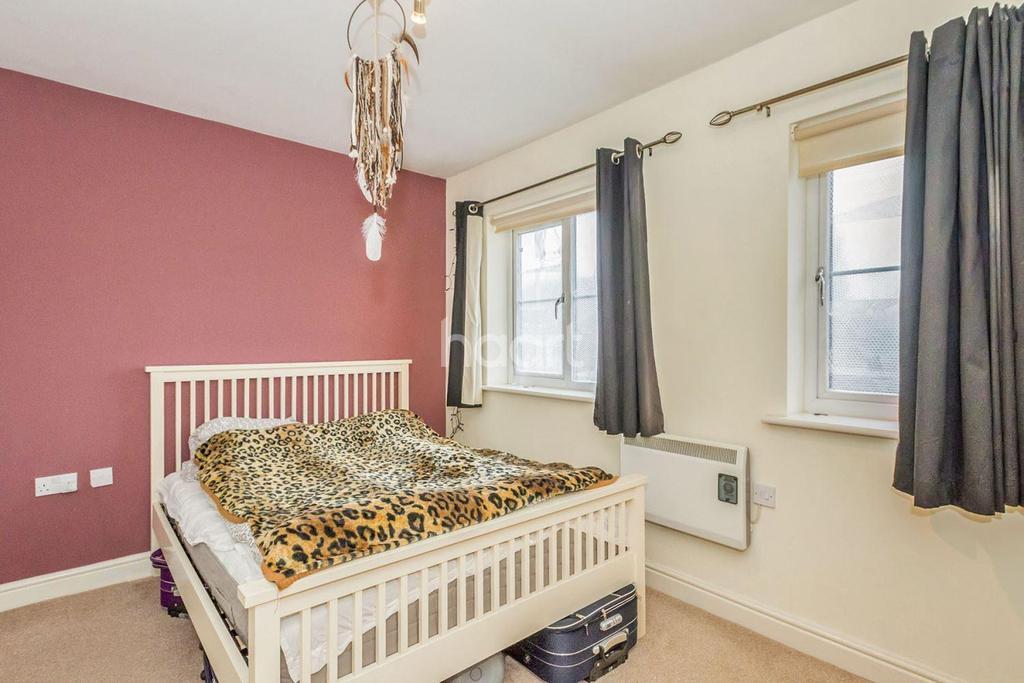 1 Bedroom Flat for sale in Sir John Newsom Way
