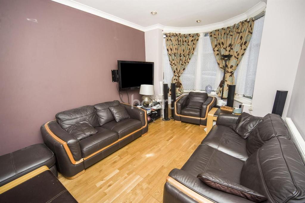 4 Bedrooms End Of Terrace House for sale in Rosebank Avenue, Wembley