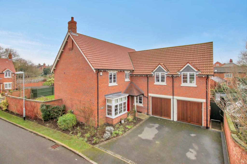 5 Bedrooms Detached House for sale in Long Clawson