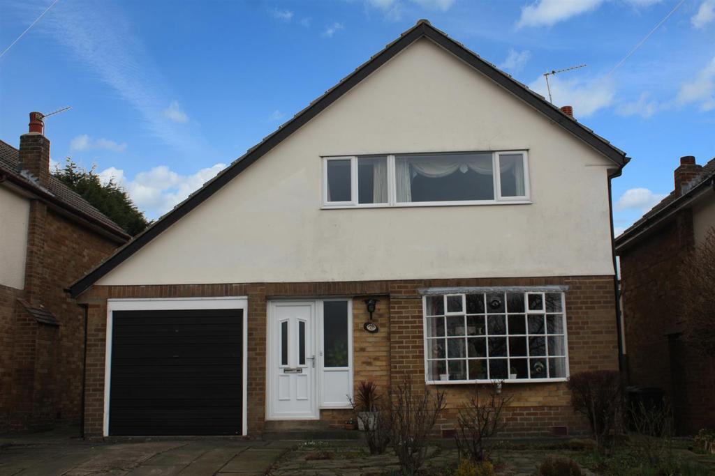 3 Bedrooms Detached House for sale in Layton Park Drive, Rawdon