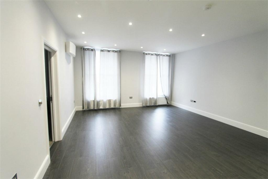 2 Bedrooms Flat for sale in Gloucester Place, London