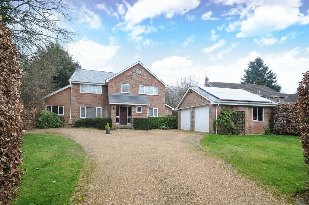 4 Bedrooms Detached House for sale in Shawford, Winchester, Hampshire