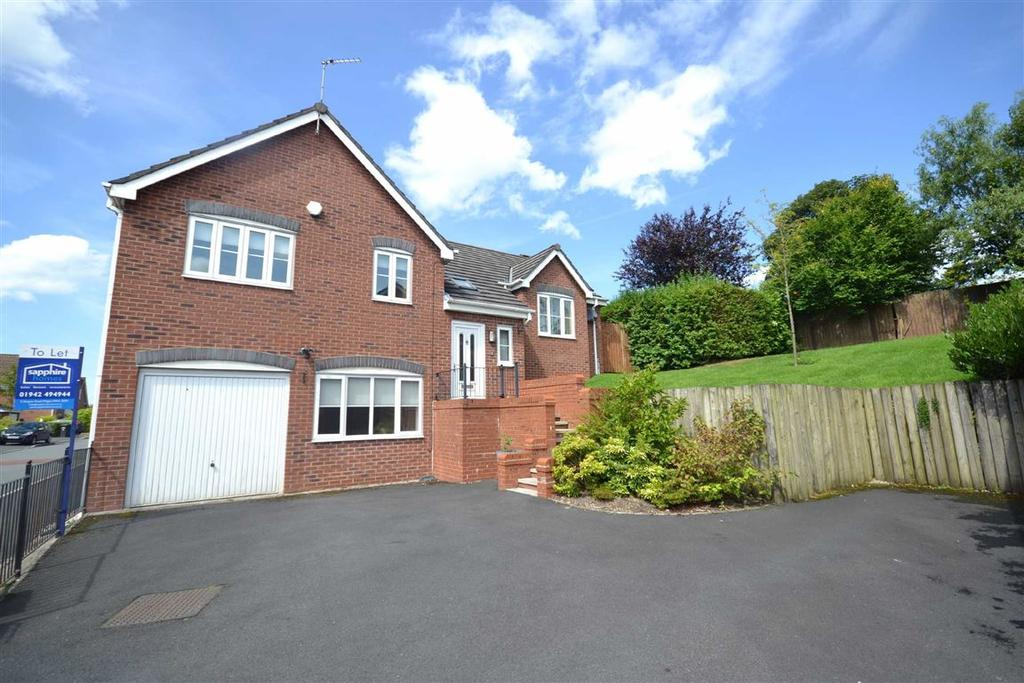 5 Bedrooms Detached House for sale in Beacon View, Standish, Wigan, WN6