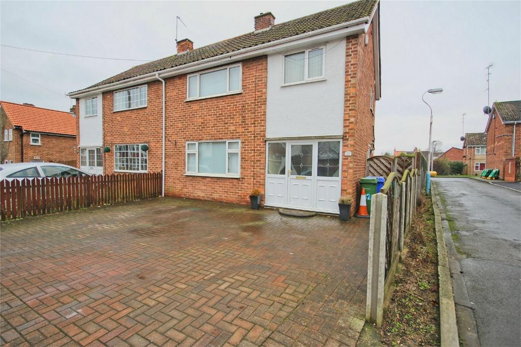 3 Bedrooms Semi Detached House for sale in North Street, Anlaby, Hull, East Riding of Yorkshire