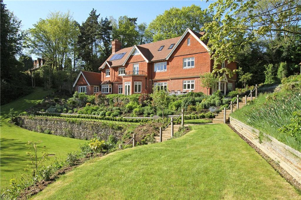 6 Bedrooms Detached House for sale in Three Gates Lane, Haslemere, Surrey, GU27