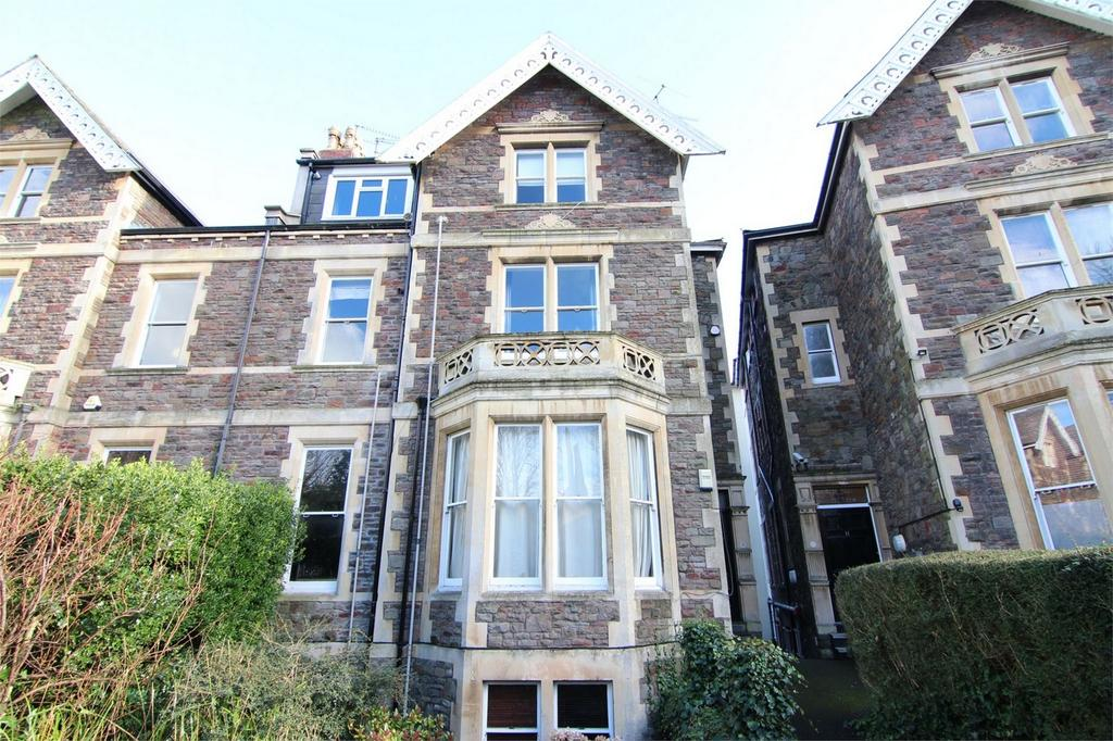 3 Bedrooms Flat for sale in Eaton Crescent, Clifton, Bristol