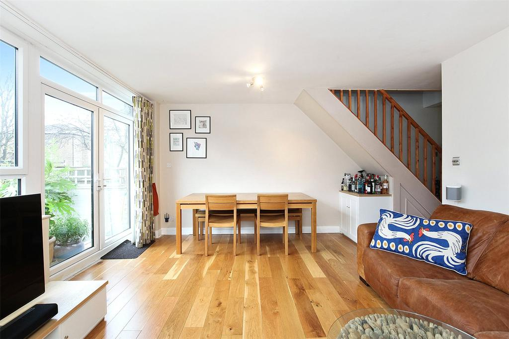 3 Bedrooms Flat for sale in Pollard Street, London, E2