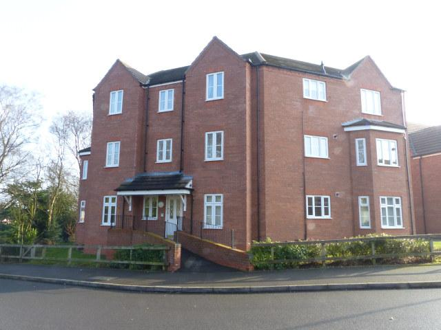 2 Bedrooms Ground Flat for sale in Royal Meadow Way,Streetly,Sutton Coldfield