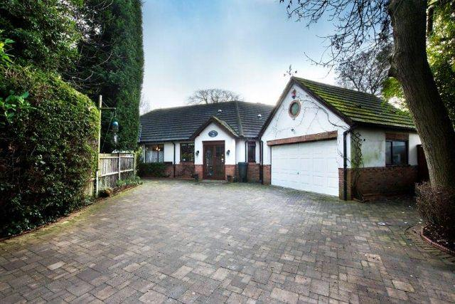 4 Bedrooms Detached Bungalow for sale in Mulroy Road,Sutton Coldfield,West Midlands