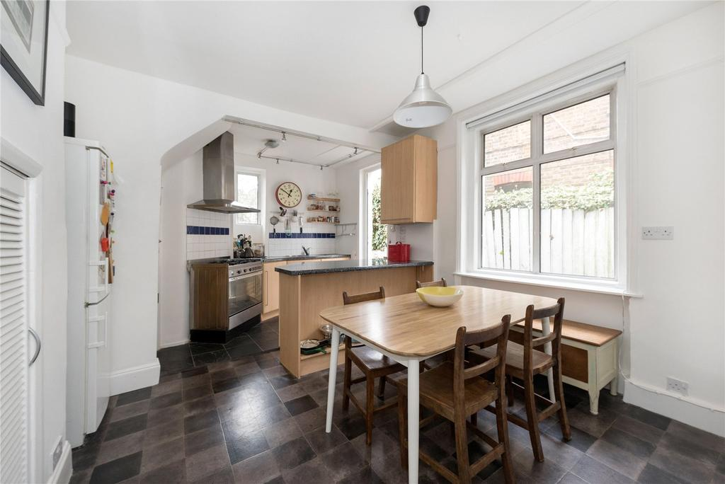 2 Bedrooms Flat for sale in Emlyn Road, Wendell Park, London