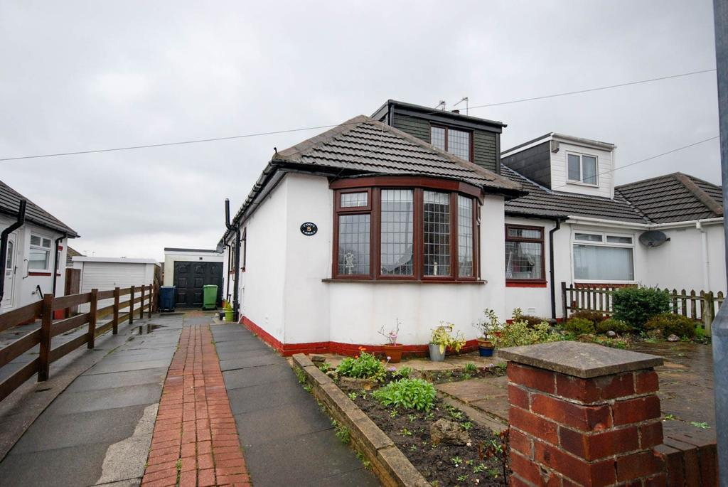 4 Bedrooms Bungalow for sale in Woodland Drive, High Barnes
