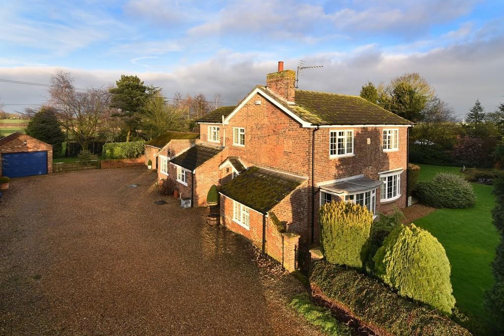 4 Bedrooms Detached House for sale in Chapel Road, Tilney Fen End