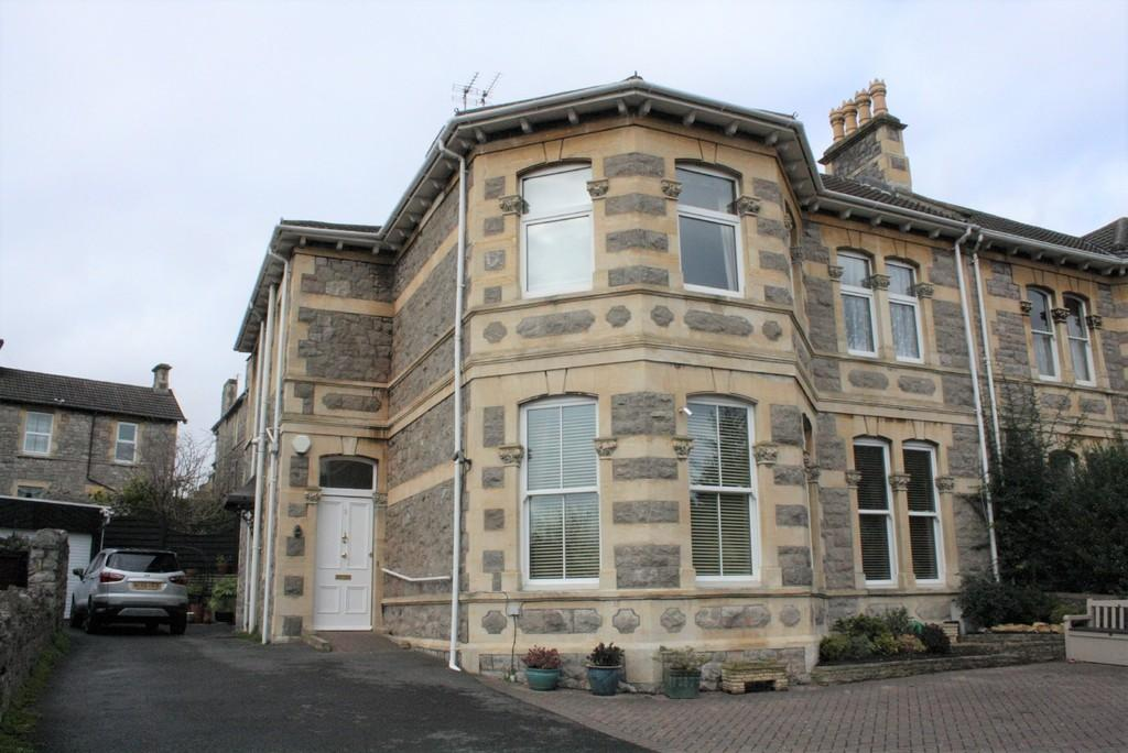 2 Bedrooms Ground Flat for sale in Stafford Place, Weston-super-Mare