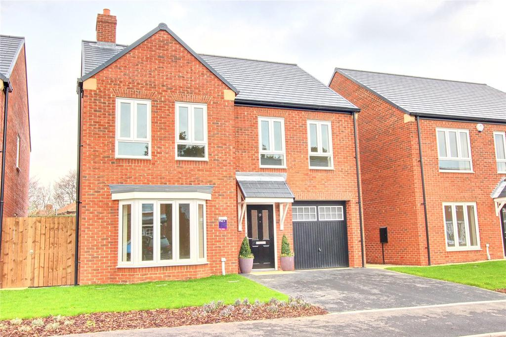 4 Bedrooms Detached House for sale in Church Drive, Acklam Hall