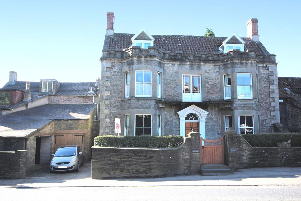 5 Bedrooms Link Detached House for sale in A period property in the heart of Temple Cloud.