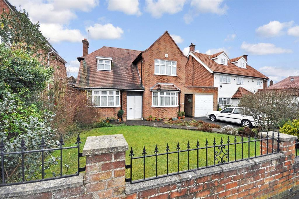 3 Bedrooms Detached House for sale in Southland Road, Knighton, Leicester