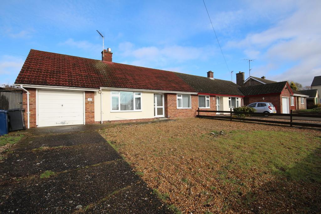 2 Bedrooms Semi Detached Bungalow for sale in Hicks Lane, Girton