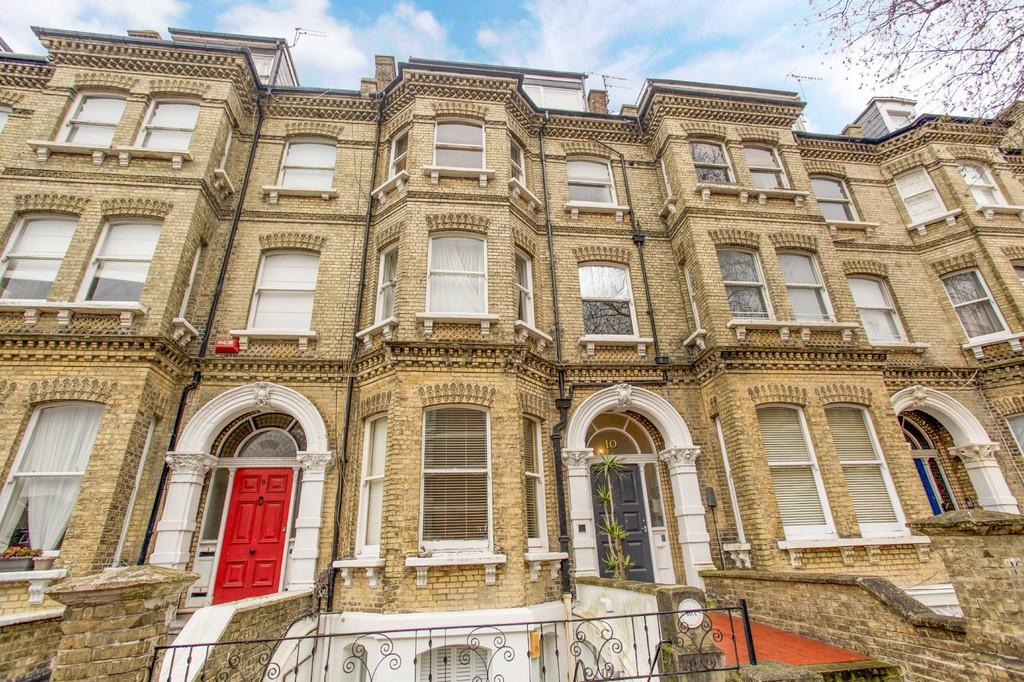 2 Bedrooms Apartment Flat for sale in Cromwell Road, Hove
