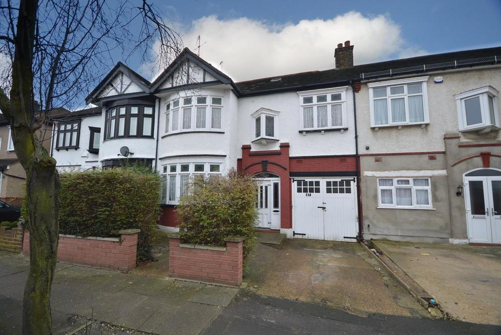 4 Bedrooms Terraced House for sale in Canterbury Avenue, Ilford, Essex, IG1