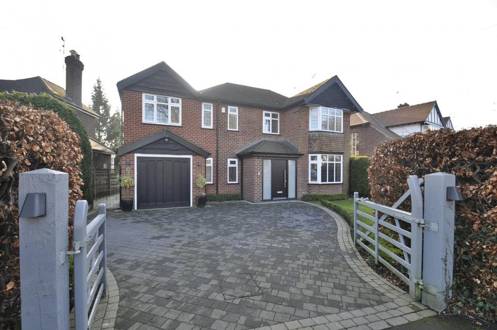 4 Bedrooms Detached House for sale in Highfield Parkway, Bramhall