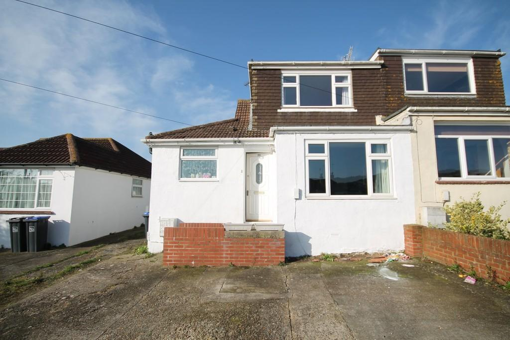 3 Bedrooms Semi Detached Bungalow for sale in Sedbury Road, Sompting, BN15